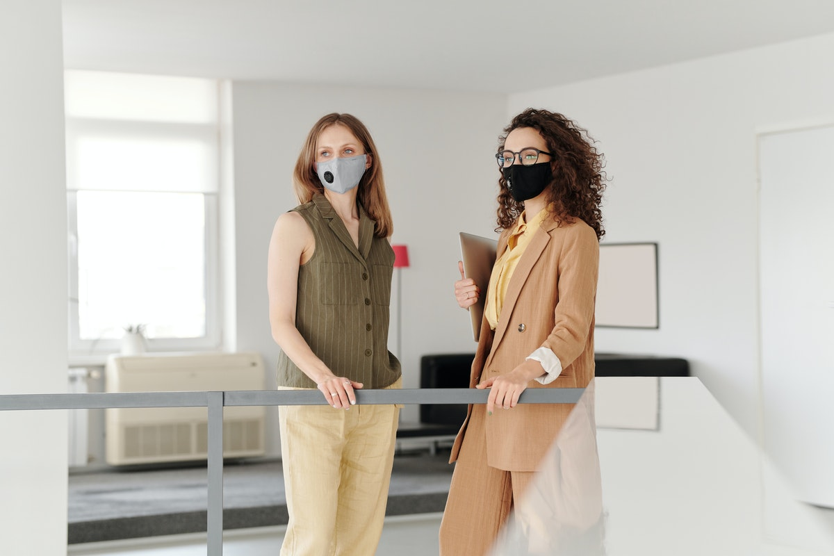 women with facemasks